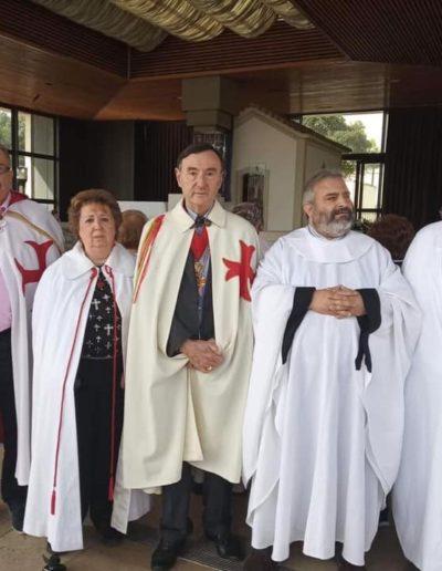 Članovi Magisterijalnog Vijeća O.S.M.T.H.U. na mjestu ukazanja